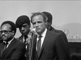 Marlon Brando and Black Panthers at Bobby Hutton's funeral, Oakland (Calif.), 1968